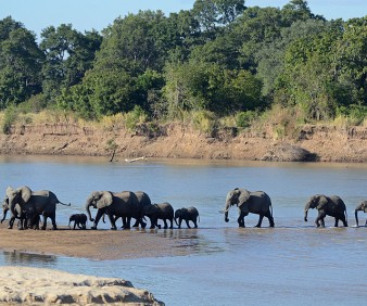 Zambia natural landscapes tour
